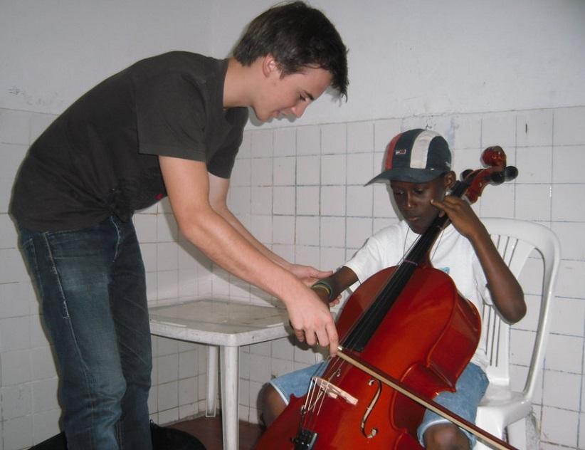 Domenik Cello2